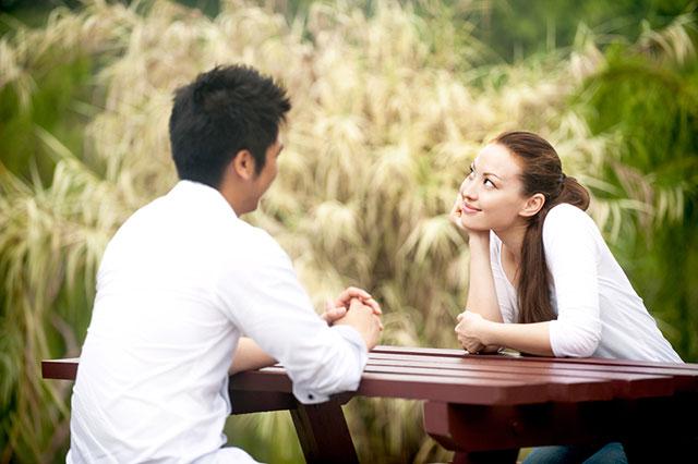 Bir erkeği aşık etmek için birkaç gizli ipucu