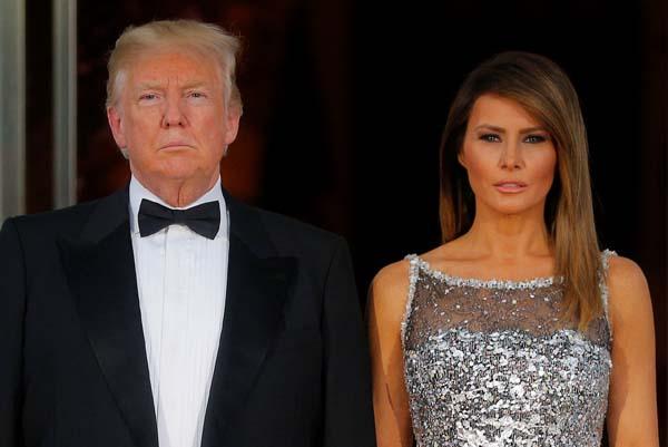 Karşılama töreninde Trump çifti arasında kriz!