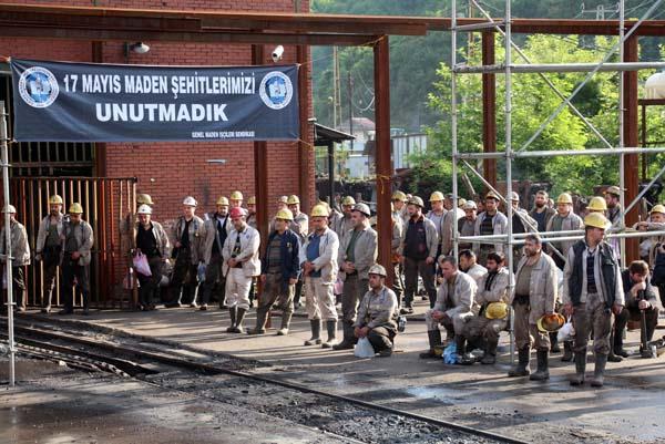 30 maden işçisi ölümlerinin 8'inci yılında dualarla anıldı