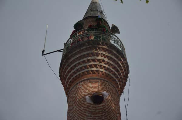 Minareye çıkıp bunu yaptılar?