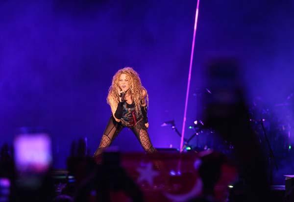 11 yıl aradan sonra Shakira yeniden İstanbul'da