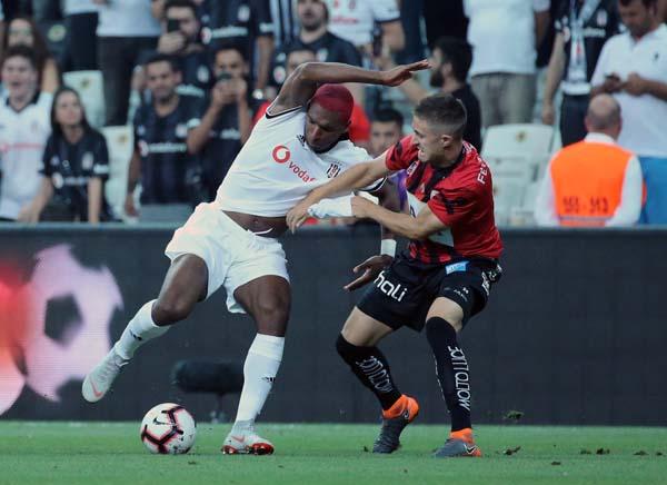 Beşiktaş - LASK Linz maçından kareler