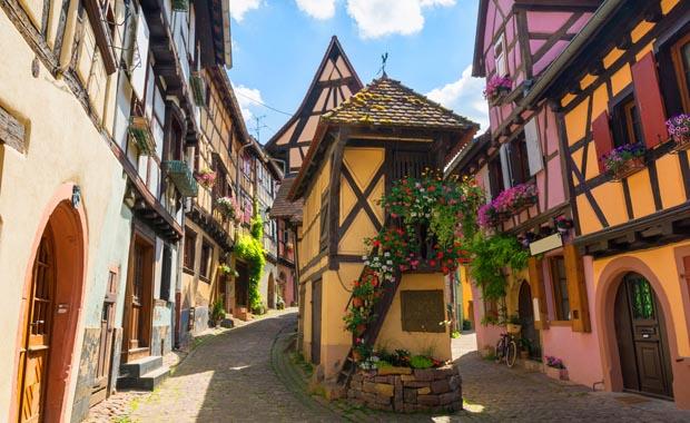 Fransa'nın ziyaretçi akınına uğrayan köyleri