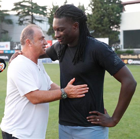 Galatasaray'a sürpriz forvet! 2 isim...