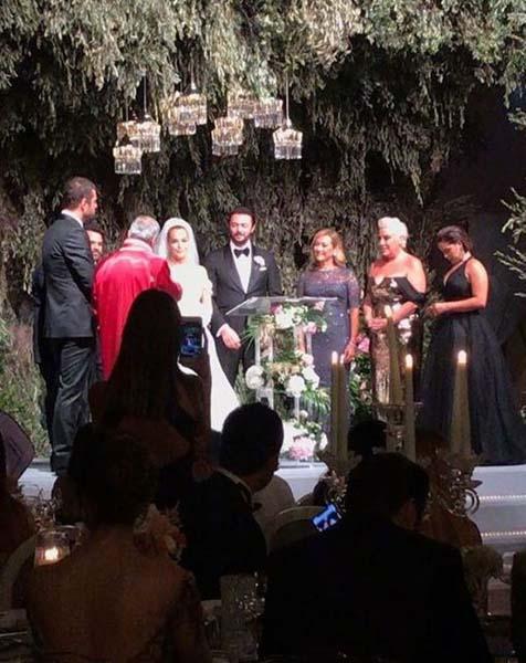 Şarkıcı Bengü ile Selim Selimoğlu evlendi!