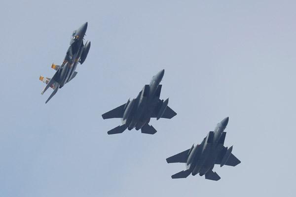 ABD jetleri Rusya'nın dibinde...