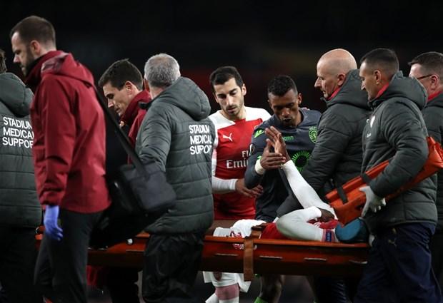 Futbolseverleri şok eden sakatlık! Bakamadılar...