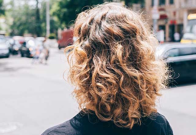 Saçların kabarmaması için püf noktalar
