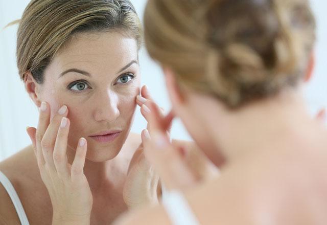 Makyajsız bir cildin canlı görünmesi için püf noktalar