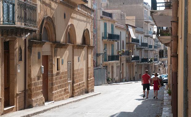 Sicilya'da 7 liraya ev