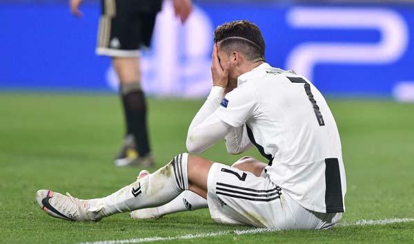 Ronaldo kolları sıvadı! İstanbul için...