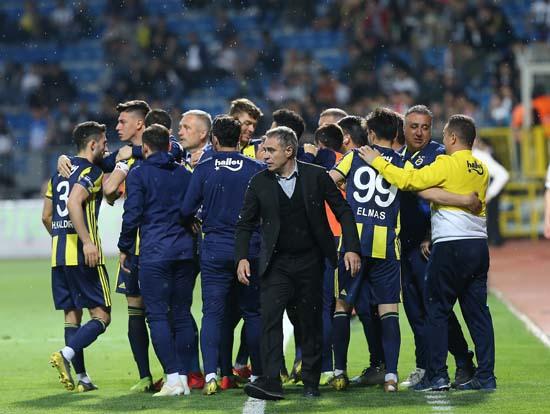 Fabri Fenerbahçe'ye 'tamam' dedi!