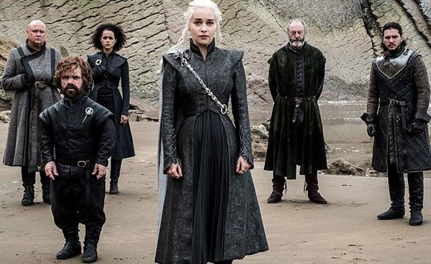 Game of Thrones finaline Jon Snow damga vurdu!