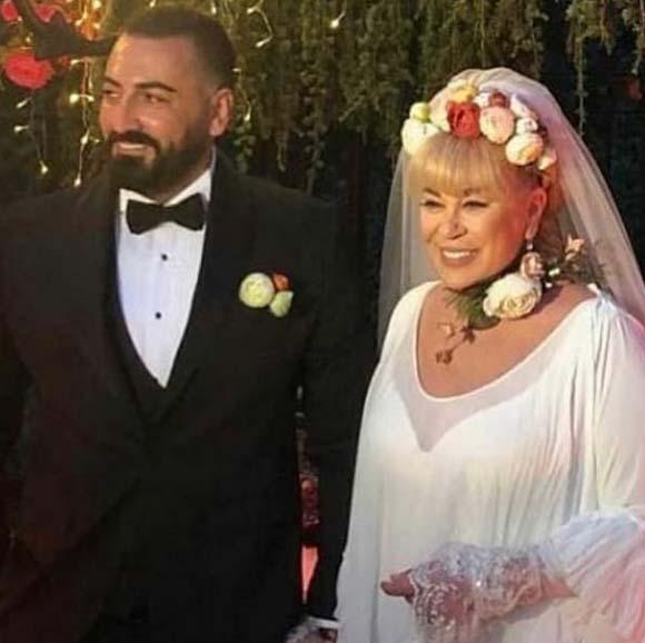 Son dakika   61 yaşındaki Zerrin Özer genç sevgilisi ile evlendi