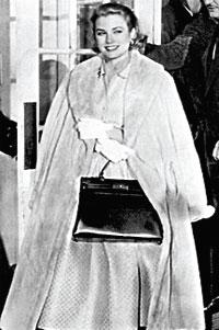 Грейс Келли с сумкой от Гермес, которая теперь носит ее имя.