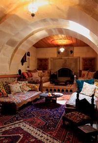 Kapadokya'da kalıntılardan yapılan bir ev...