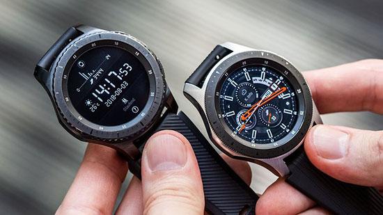 Samsung Galaxy Watch Geleneksel saatler gibi duruyor
