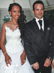 Manken Tuğçe Güder evlendi