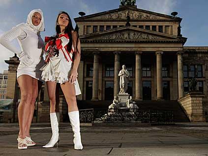 Türbanla mini Berlin Moda Haftası'nda...
