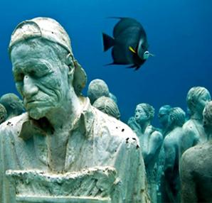 D�nyan�n en ilgin� heykel sergisi...