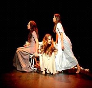 """""""3 Kadın Bin Turna"""" 4 Kasım'da sahnede"""