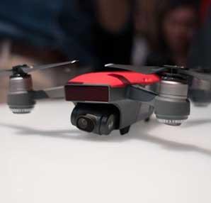 DJI en küçük drone modeli Spark'ı tanıttı