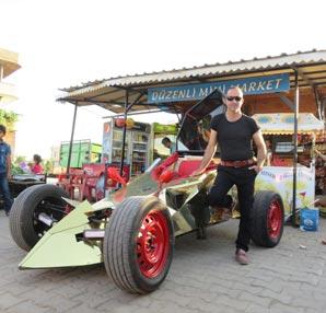 Midyatlı bakkal yarış otomobili üretti