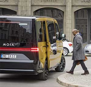 Volkswagen, otonom dolmuşu MOIA'yı tanıttı