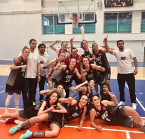Basketbol'da  Zafer  Oğuzkaan Koleji'nin