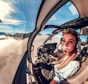 İsveçli pilot sosyal medya fenomeni oldu