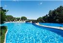 Belgrad Ormanları'nın ortasında havuz keyfi
