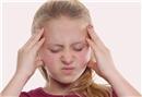 Genç kızlarda ilk adet kanaması ile başlayan migren