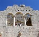 Tarihe tanıklık eden Alahan Manastırı
