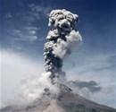 Asya'da peş peşe yanardağ patlamaları
