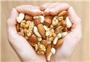 Soğuk algınlığından korunmak için kuruyemiş yiyin