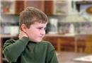 Çocuklarda boyun eğrilikleri neden olur?