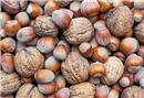 Sağlıklı saçlar için hangi besinlerden tüketmek gerekir?
