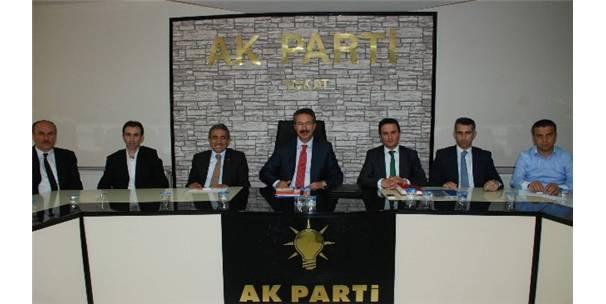 AK PARTİ'Lİ ÜNAL TOKAT'TA