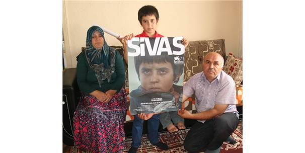 Venedik Film Festivali'nde Yozgat'ta yaşayan Doğan İzci'ye ödül