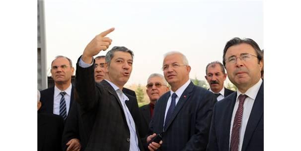 100 YILLIK FABRİKA'YA VALİ'DEN MOTİVASYON ZİYARETİ