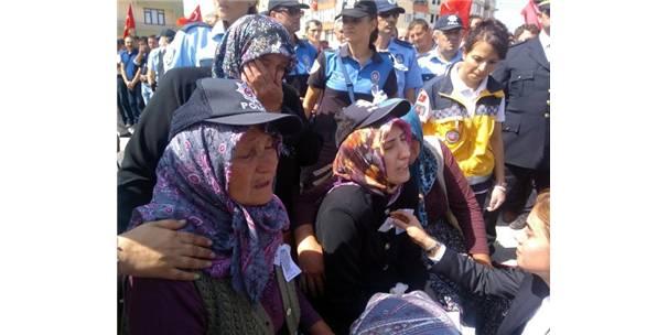 BOLU'DA BİNLERCE KİŞİ ŞEHİDİNİ UĞURLADI