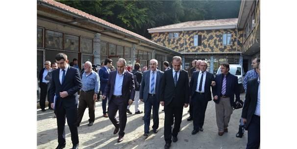OYLAT'A MODERN PAZAR YERİ