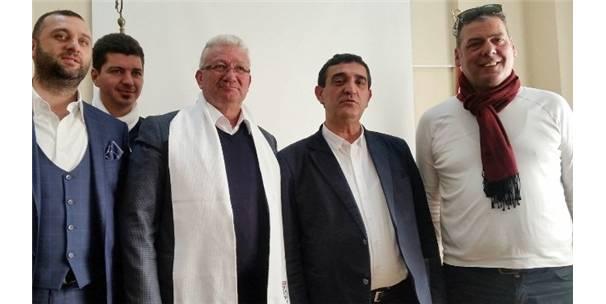 BANDIRMASPOR'UN YENİ TEKNİK DİREKTÖRÜ İSMAİL ERTEKİN