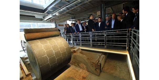 Dünyanın En Büyük Kağıt Müzesi Açıldı