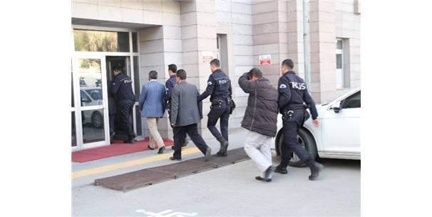 Yozgat'ta 6 Kamu Personeli Fetö'den Tutuklandı