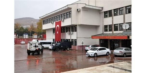 Tunceli Belediye Eş Başkanları Adliyeye Sevk Edildi