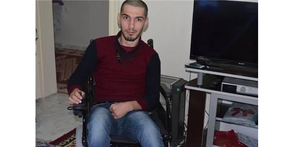 Engelli Gence Tekerlekli Sandalye Verildi