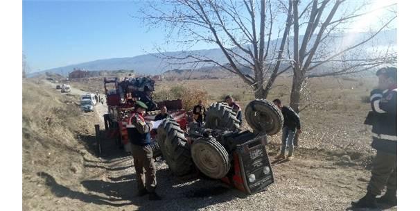 Ters Dönen Traktörün Altında Kalarak Hayatını Kaybetti
