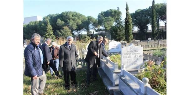 Öğretmenler Mezarları Başında Anıldı