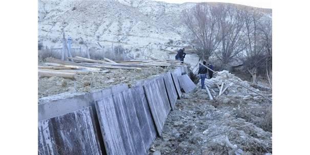 Gürün Belediyesi Su Kaçaklarını Önlemek İçin Çalışma Başlattı